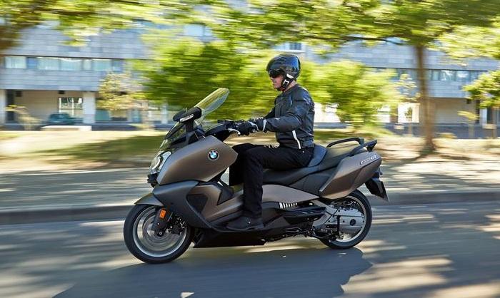 ermax le sp cialiste de la bulle scooter et moto actualit s maxiscooter par maxiscooter mag. Black Bedroom Furniture Sets. Home Design Ideas
