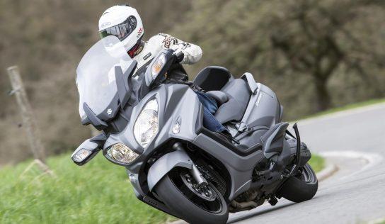 Le Suzuki Burgman 650 : le maxiscooter GT par excellence