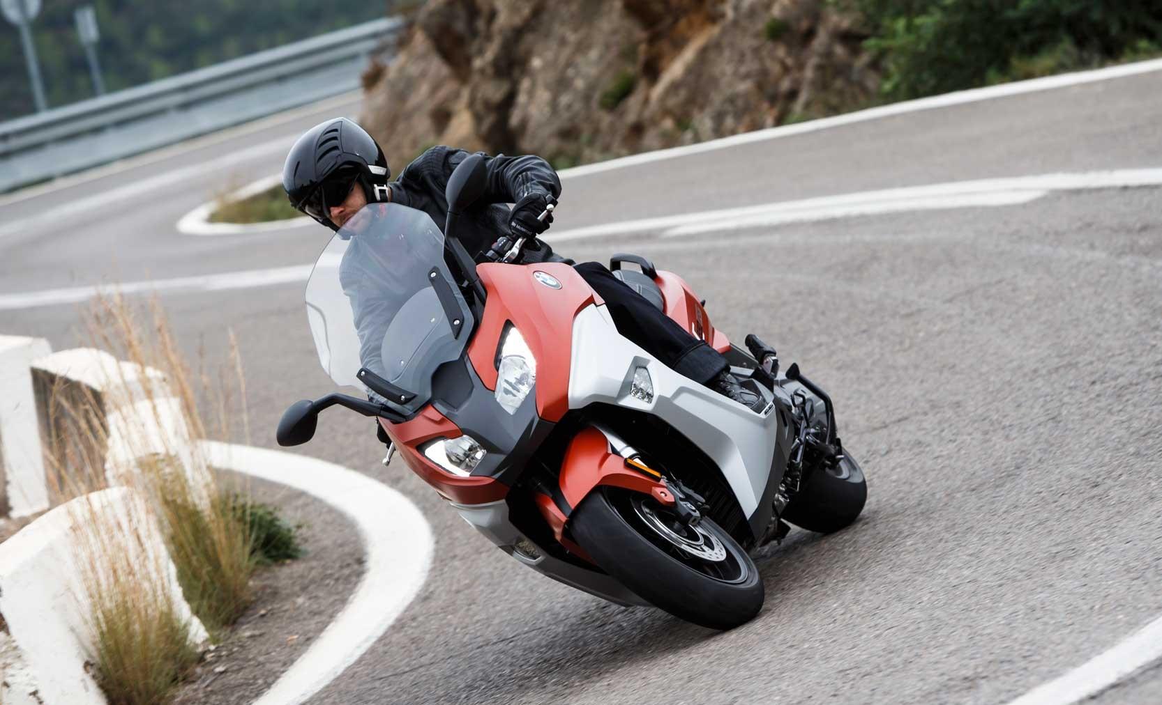 moteur-bmw-c-650-sport-bicylindre-647-cc-transmission-cvt